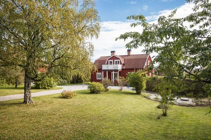 Bild: 8 rum villa på Faringe Prästgård 101, Uppsala kommun Almunge