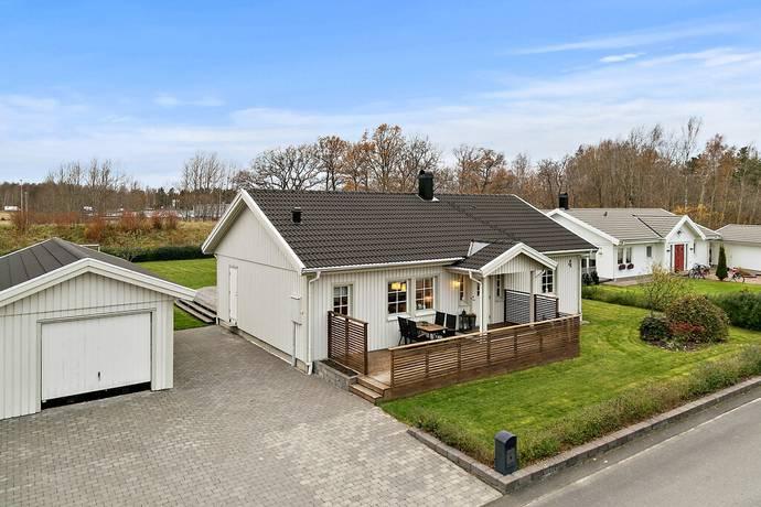 Bild: 5 rum villa på Lantbruksgatan 4, Vänersborgs kommun Onsjö