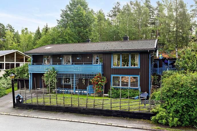 Bild: 6 rum villa på Ankarvägen 29, Söderhamns kommun STUGSUND