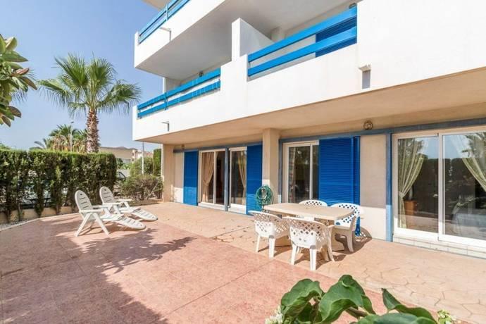 Bild: 3 rum bostadsrätt på Möblerad marklägenhet med pool, T601, Spanien Torrevieja, Alicante, Costa Blanca
