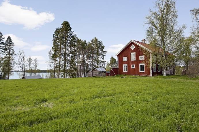 Bild: 12 rum villa på Hurtiggården, Strömsunds kommun Hammerdal