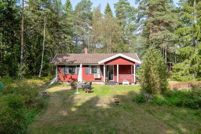 Bild: 3 rum villa på Tuskövägen 2, Österåkers kommun