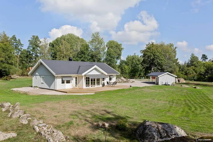 Bild: 6 rum villa på Törsbogatan 78, Kalmar kommun Vassmolösa