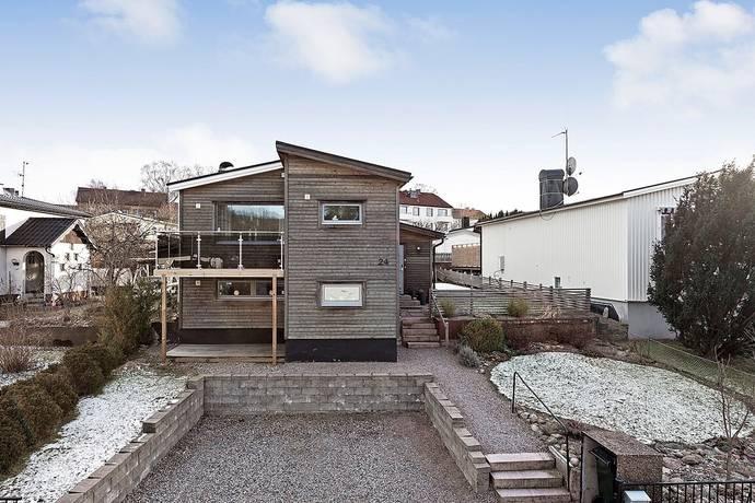Bild: 5 rum villa på Trollgatan 24, Borås kommun Sjöbo