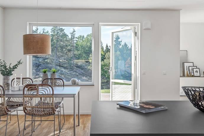 Bild: 7 rum villa på Båtmansbacken 2, Österåkers kommun Åkersberga