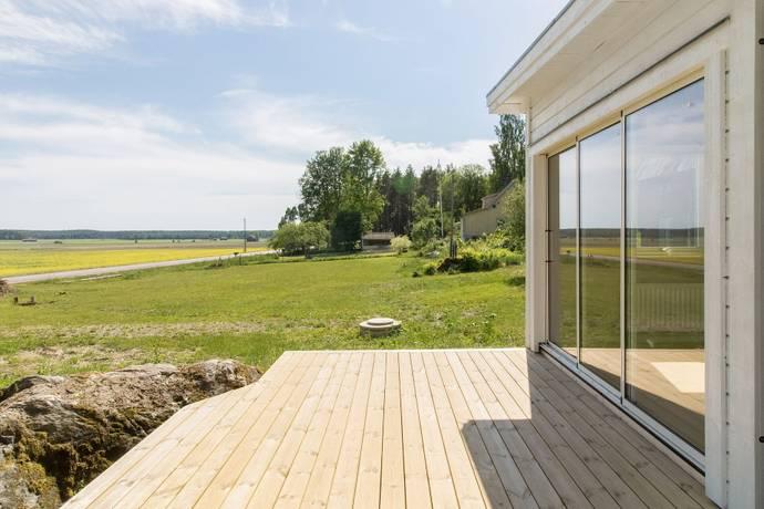 Bild: 195 m² villa på Prästgården 195, Heby kommun Huddunge