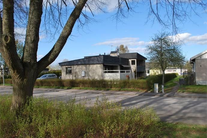 Bild: 7 rum villa på Nybyggegatan 7, Lidköpings kommun Lidåker