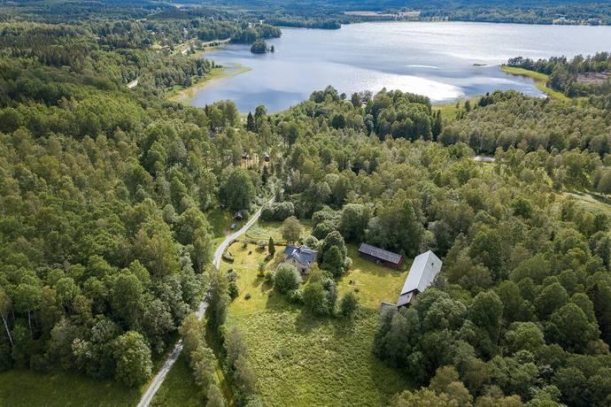 Bild: gård/skog på Ödegården, Bengtsfors kommun Ödskölts-Bön