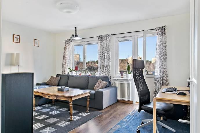 Bild: 2 rum bostadsrätt på Nysättravägen 13B, Södertälje kommun Brunnsäng/Nydala