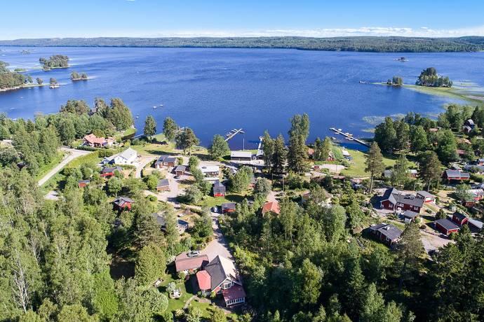 Bild: 4 rum villa på Backavägen 12, Askersunds kommun Tisarbaden