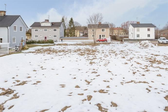 Bild: tomt på Svanbygatan 11, Tierps kommun Tierp