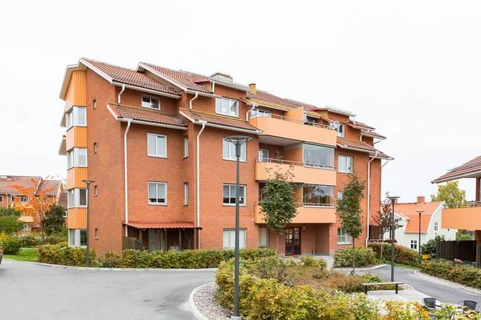 Bild: 3 rum bostadsrätt på Seminarievägen 5, Strängnäs kommun CENTRALT