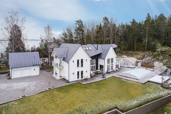 Bild: 8 rum villa på Västerskärsringen 26, Österåkers kommun Svinningeudd