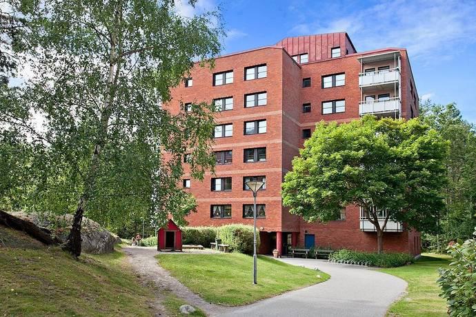 Bild: 4 rum bostadsrätt på Solskensvägen 15, 3 tr, Botkyrka kommun Tullinge