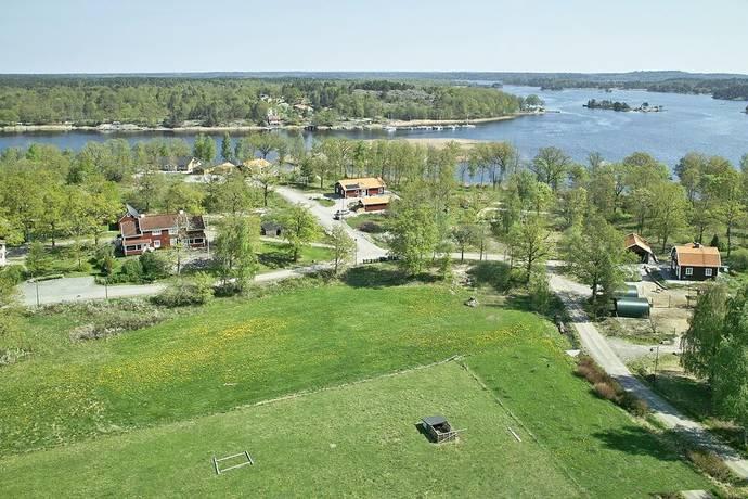 Bild: tomt på Glasbruksvägen 1, Västerviks kommun BLANKAHOLM