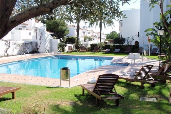 Bild: 3 rum bostadsrätt på Strandnära lägenhet med 2 sovrum och balkong, Spanien Estepona - New Golden Mile