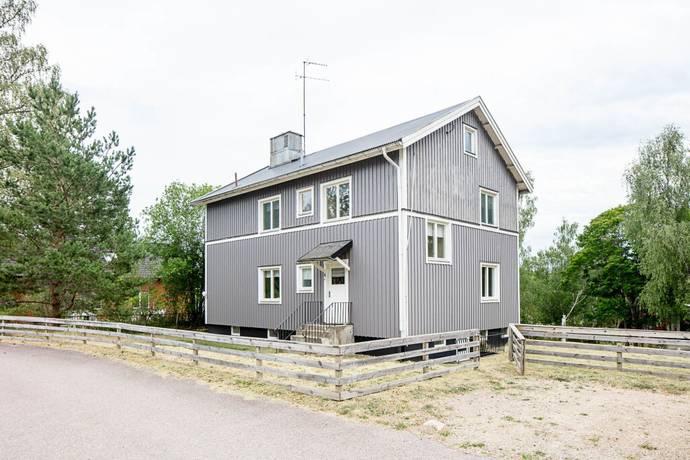 Bild: 6 rum villa på Bruksgatan 4, Uppvidinge kommun Fröseke