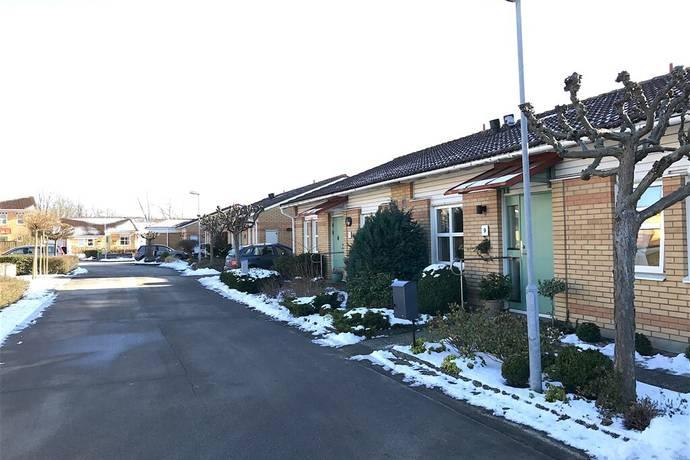 Bild: 3 rum radhus på Ekebygården 7, Landskrona kommun Spelmansgården