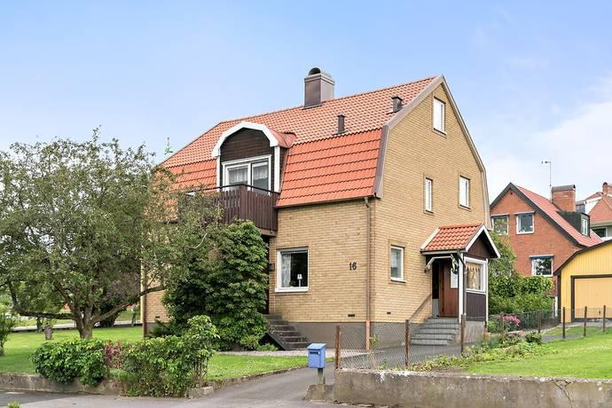 Bild: 7 rum villa på Eriksbergsgatan 16, Falköpings kommun Mösseberg