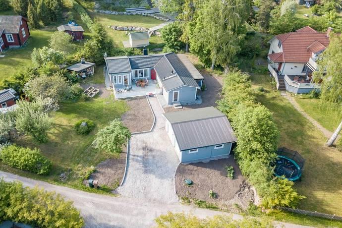 tidö lindö karta Skaskärsvägen 3 i Tidö lindö, Västerås   Friliggande villa till  tidö lindö karta