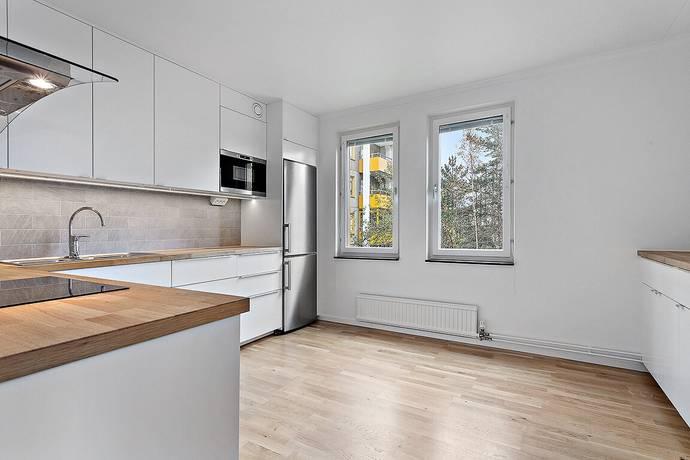 Bild: 2 rum bostadsrätt på Skarpövägen 47, Nacka kommun Västra Orminge