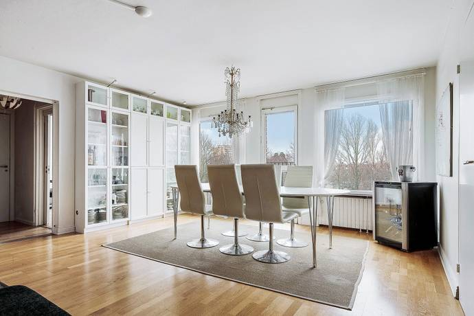 Bild: 3,5 rum bostadsrätt på Krysshammarvägen 36, Solna kommun Solna/Huvudsta