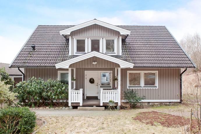 Bild: 6 rum villa på Arntorp 220, Kungälvs kommun Kareby
