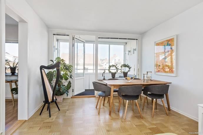Bild: 3 rum bostadsrätt på Gransikagatan 10B, Skövde kommun Norrmalm