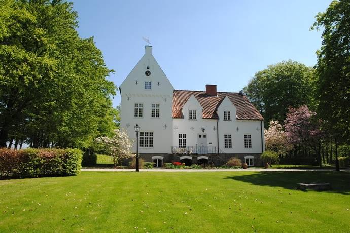 Bild: 16 rum villa på Kastberga Slott, Eslövs kommun Väster om Ringsjön