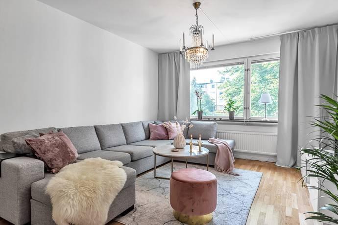 Bild: 2 rum bostadsrätt på Sätunavägen 10B, Sigtuna kommun Märsta - Sätuna