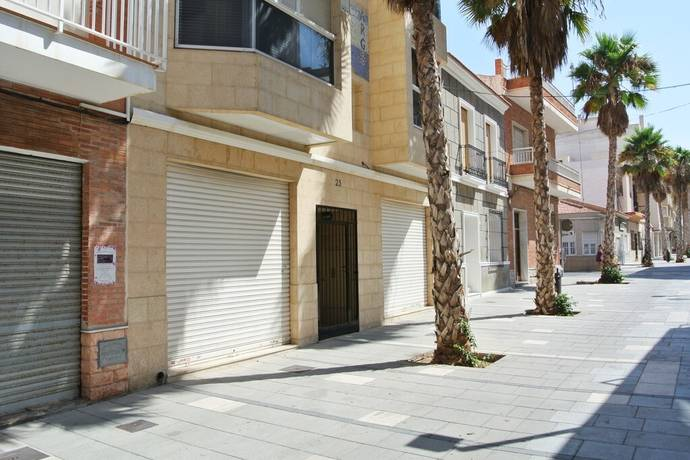 Bild: 1 rum bostadsrätt på 200 kvm / 2 toaletter, Spanien Lokal i Centrala Torrevieja