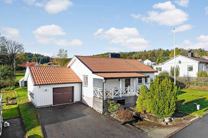 Bild: 4 rum villa på Backa Ringgata 35, Marks kommun Skene