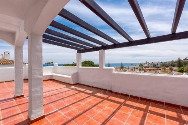 Bild: 4 rum bostadsrätt på Lägenhet i East Estepona Playa, Málaga, Spanien East Estepona Playa