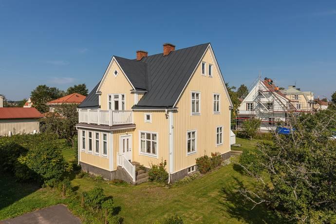 Bild: 7 rum villa på 5:e Villagatan 1A, Karlstads kommun Strand