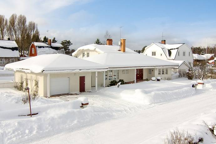 Bild: 5 rum villa på Parkvägen 33, Sandvikens kommun Barrsätra