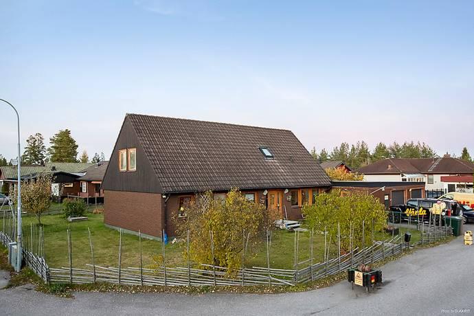 Bild: 7 rum villa på Almgatan 9, Älvkarleby kommun Skutskär