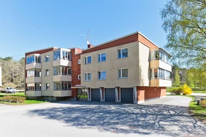 Bild: 3 rum bostadsrätt på Flodins väg 8, Strängnäs kommun Abborrberget