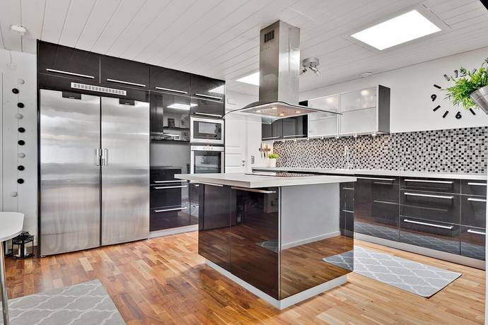 Bild: 4 rum radhus på Stora Hundens gata 502, Haninge kommun Brandbergen