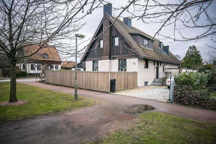 Bild: 6 rum villa på Sunnanväg 41, Malmö kommun Limhamn
