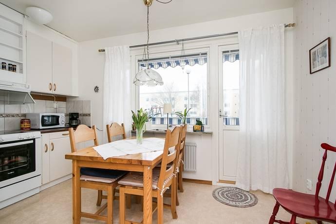 Bild: 2 rum bostadsrätt på Irisgatan 30, Örebro kommun Mellringe