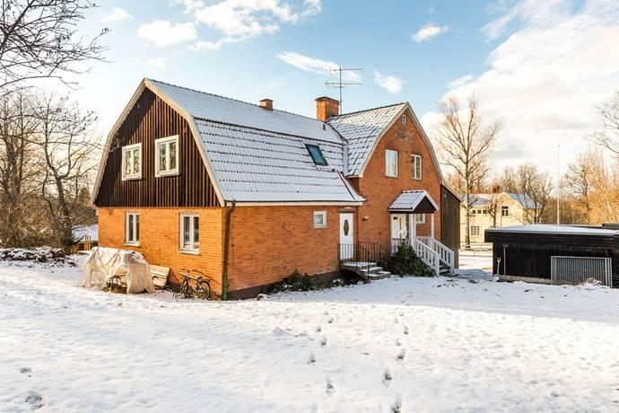 Bild: 9 rum villa på Görjanvägen 3, Eskilstuna kommun Bälgviken