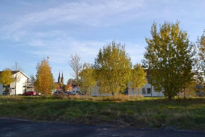 Bild: tomt på Eva Åsbrinks Gata 3, Skara kommun Centrala Skara