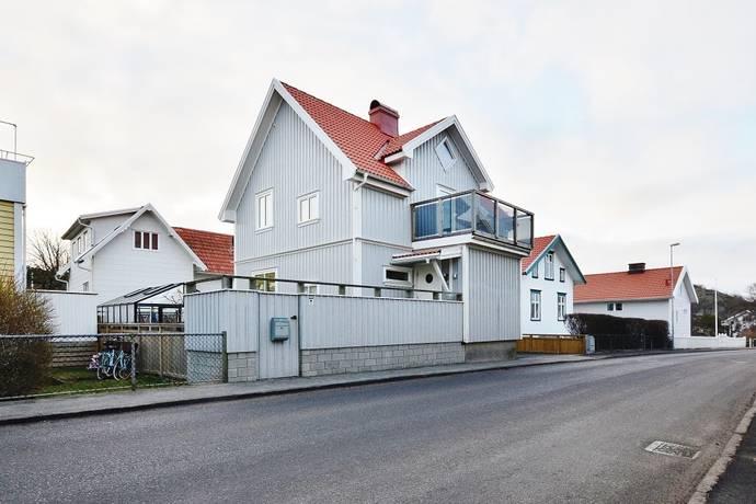 Bild: 7 rum villa på Parkgatan 6, Sotenäs kommun