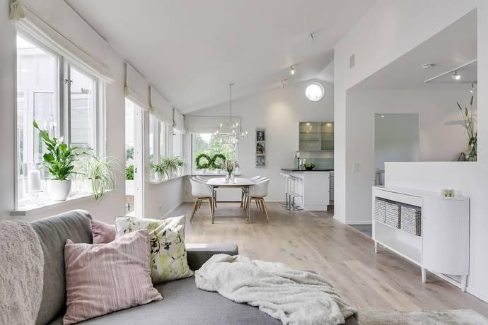Bild: 6 rum villa på Komministervägen 26, Stockholms kommun Bromma/Eneby