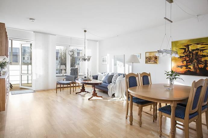 Bild: 3 rum bostadsrätt på Badvägen 12, Malmö kommun Klagshamn