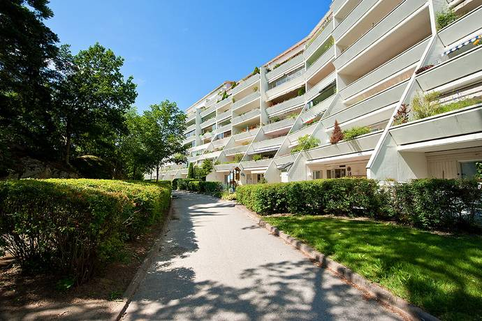 Bild: 3 rum bostadsrätt på Elgentorpsvägen 23, Botkyrka kommun Tullinge Centrum