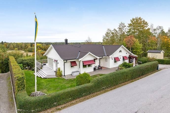 Bild: 5 rum villa på Gustavslundsvägen 15, Salems kommun Rönninge