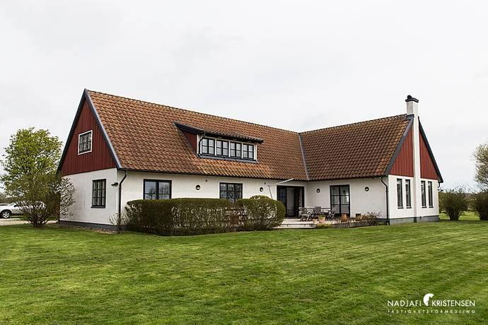 Bild: 9 rum villa på Faritslövsvägen 38, Båstads kommun Torekov