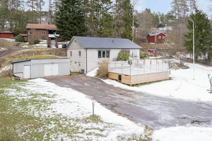 Bild: 8 rum villa på Finspångsvägen  522B, Norrköpings kommun