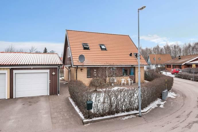 Bild: 5 rum villa på Högerkroken 18, Motala kommun Motala